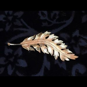 Vintage Coro Signed Gold Tone Brooch